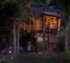 a magical crooked treehouse!