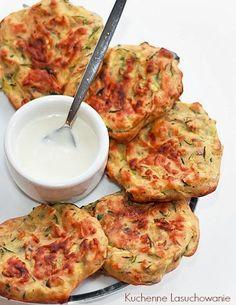 Kuchenne Łasuchowanie: Pieczone placki z cukinii Cauliflower, Pierogi, Vegetables, Food, Blue, Diet, Cauliflowers, Essen, Vegetable Recipes