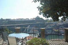 Dai un'occhiata a questo fantastico annuncio su Airbnb: Apartment with a private garden - Appartamenti in affitto a Porto