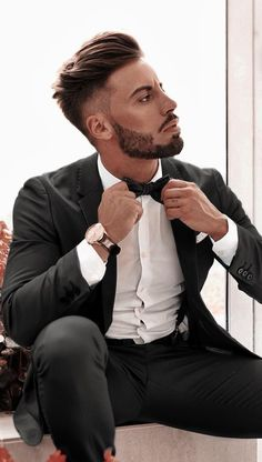 Here Are 12 Best Short Haircuts For Men To Try In 2019 Picture Credits Picture Credits… Long Length Haircuts, New Short Haircuts, Haircuts For Fine Hair, Haircuts For Men, Men's Haircuts, Best Undercut Hairstyles, Mens Hairstyles 2018, Cool Hairstyles For Men, Hairstyle Man