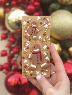 Homemade Chocolate Bars, Chocolate Candy Recipes, Chocolate Covered Treats, Chocolate Diy, Chocolate Lollipops, Chocolate Truffles, Chocolates Gourmet, Handmade Chocolates, Christmas Sweets