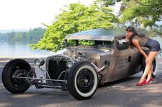 Pin-ups et Hot Rods #hotrodsvintagecars