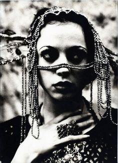 Irina Ionesco - artist, news & exhibitions - photography-now.com