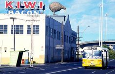 15 - 51 L 36 S The Kiwi Bacon factory and classic Auckland yellow bus, photographed in the Christchurch New Zealand, Auckland New Zealand, What Is Like, That Way, Nz History, Retro Cafe, Waiheke Island, Nz Art, Kiwiana