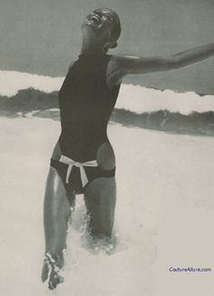 Couture Allure Vintage Fashion: Rudi Gernreich Swimsuit, 1968. (I have found my ideal summer suit...)