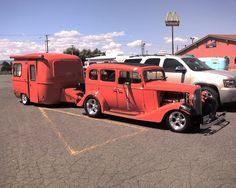 https://flic.kr/p/39PpKy | Hot Rods and Teardrops 1 | Saw these very clean hot rods all with (mostlly) matching teardrop trailers in a little caravan when we stopped for lunch. We were on our way back from eastern Washington on the eastern side of Snoqualimie Pass. They all had British Columbia license plates.