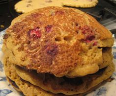 Lazy Sunday Cornmeal and Raspberry Pancakes - Urban Cottage Life Sunday Breakfast, Breakfast Pancakes, Best Breakfast, Plum Butter, How To Convert A Recipe, Raspberry Pancakes, Cornmeal Pancakes, Aquafaba, Fresh Coffee