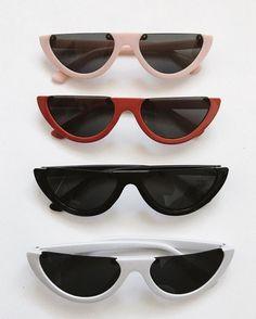 Cat Eye Sunglasses, Sunglasses Women, Designer Shades, Cool Glasses, Aesthetic Fashion, Types Of Fashion Styles, Passion For Fashion, Sunnies, Eyewear