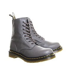 Dr. Martens 8 Eyelet Lace Up Bt Lead Virginia Leather - Ankle Boots