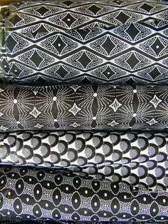 (Shwe shwe fabric) Black White African Textiles, awesome fabric for a patchwork quilt. Textile Patterns, Textile Design, Fabric Design, Pattern Design, Print Patterns, African Textiles, African Fabric, African Prints, African Patterns