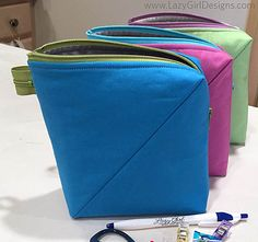 NEW! From Lazy Girl Designs: Bendy stands nicely at attention, great for a work bag! http://www.lazygirldesigns.com/bag-designs/bendy-bag