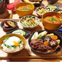 Korean Traditional Food, Asian Recipes, Ethnic Recipes, Breakfast Lunch Dinner, Food Menu, Japanese Food, Food Inspiration, Food Photography, Food Porn