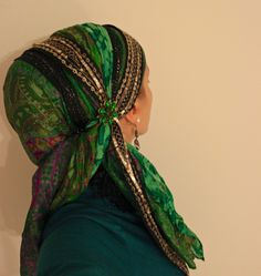 wrapunzel - head wrap tutorials. Very unique styles and a woman who actually gives tips and tricks she's learned from the lifestyle