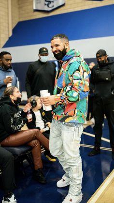 Drake Video, Nicki And Drake, Drake Clothing, Drake Photos, Drake Wallpapers, Drake Drizzy, Drake Ovo, Justin Bieber Smile, Iconic Album Covers