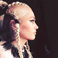Gwen Stefani's Hairstylist Talks Braids and the Bold Look Blake Shelton Loves Gwen Stefani The Voice, Gwen Stefani And Blake, Sleek Hairstyles, Celebrity Hairstyles, Braided Hairstyles, Hair Inspo, Hair Inspiration, Gwen Stefani Pictures, Gwen And Blake