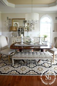 5 RULES FOR CHOOSING THE PERFECT DINING ROOM RUG-indoor-outdoor rug-stonegableblog.com