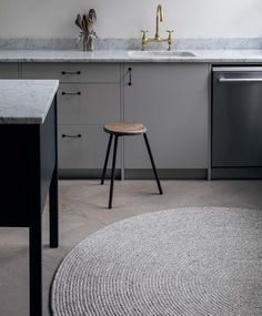 Shop our range of designer floor rugs online. We stock Armadillo & Co and Ferm Living rugs. Use as a decorative piece in your living, bed and dining room. Braided Rugs, Hand Knotted Rugs, Woven Rug, Round Rugs, Rugs Online, Wool Area Rugs, Floor Rugs, Soft Furnishings, Furniture Design