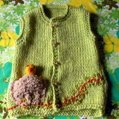 Gilet vert tendre   enfant 4 ans tricoté main décor nid et oisillon