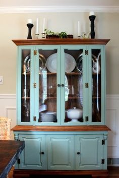 This Old House painted china cabinet Repurposed Furniture, Shabby Chic Furniture, Painted Furniture, Painted Walls, Vintage Furniture, Furniture Projects, Furniture Makeover, Diy Furniture, Diy Projects