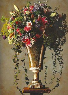 paula pryke - Google Search Wedding Flower Decorations, Wedding Flowers, Floral Centerpieces, Flower Arrangements, Ikebana, Flower Designs, Floral Design, Flower Bouquets, Google Search