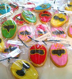 Power Ranger cookies - would be a cute favor Power Ranger Party, Power Ranger Cake, Cowboy Birthday, Twin Birthday, Birthday Fun, Power Rangers Birthday Cake, Ranger Cookies, Lila Party, Pawer Rangers
