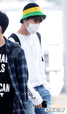 BTS at Incheon Airport Heading to Manila-Philippines [160902] | Jhope