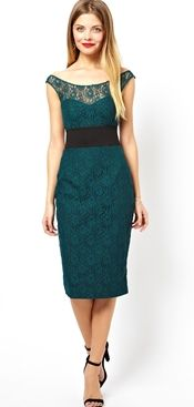 Green lace dress style-advisor rectangle body-shape-what-to-wear for a rectangle body shape