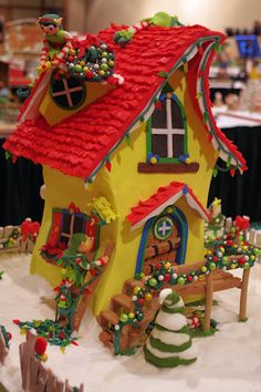 Photos: Grove Park National Gingerbread House Competition