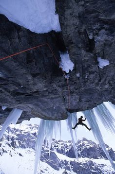 Extreme mountaineering and rock climbing