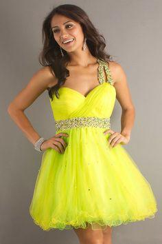 Vestidos de Fiesta para 15 Años - Para Más Información Ingresa en: http://vestidosdenoviasencillos.com/2014/01/27/vestidos-de-fiesta-para-15-anos/