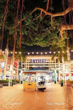 MIAMI, FL - FEB Bayside Marketplace at night on February 2012 in Miami, Florida. It is a festival marketplace and the top entertainment complex in Downtown Miami attracting people annually. Florida Vacation, Florida Travel, Miami Florida, South Florida, Travel Usa, Florida Keys, Miami Beach, Bayside Miami, Miami Vice