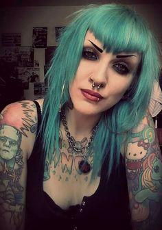 Malin Eriksson portrait with blue hair