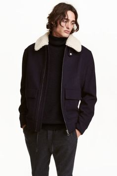 Flying jacket in felted fabric made from recycled wool and polyester with a detachable faux fur collar. Tab and press-stud at the top, zip and patch pockets Cool Outfits, Casual Outfits, Tailored Coat, Wool Blend, Bomber Jacket, Menswear, Leather Jacket, Mens Fashion, Jackets