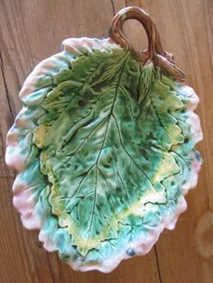 Antique Majolica Etruscan Oak Leaf Bread by MagnificentMajolica