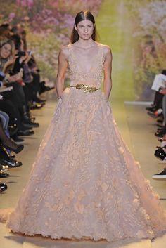 Zuhair Murad Spring/Summer 2014 Couture Line - Fashion Diva Design Stunning Dresses, Beautiful Gowns, Pretty Dresses, Fabulous Dresses, Beautiful Clothes, Zuhair Murad Dresses, Disney Princess Dresses, Star Fashion, Paris Fashion