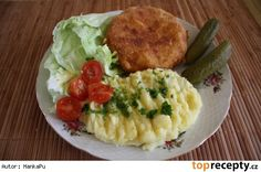 Smažený celer s nivou Risotto, Potato Salad, Mashed Potatoes, Chicken, Ethnic Recipes, Food, Diet, Whipped Potatoes, Smash Potatoes