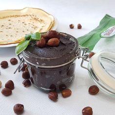 """Polubienia: 208, komentarze: 3 – Ania (@mama_na_silowni) na Instagramie: """"Domowa Nutella podbiła serca moich dzieci myśle, że twoje też pokochają ❤❤❤ Czekam na fotki w…"""" Nutella, Pudding, Desserts, Food, Tailgate Desserts, Deserts, Custard Pudding, Essen, Puddings"""