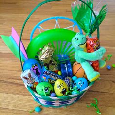 Have a student headed to college in the fall? Fill their #Easter basket with gift cards to mix in practical treats with the sweets. Find more inspiration from @Kroger Co. #EasterBasketHop
