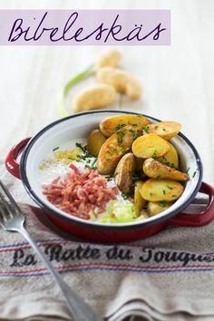 Certainement le plat doudou par excellence, qui réconforte à tous les coups tout en étant roboratif à souhait. Chaque famille en Alsace a sa version, alors autant vous dire que des variantes il y e...