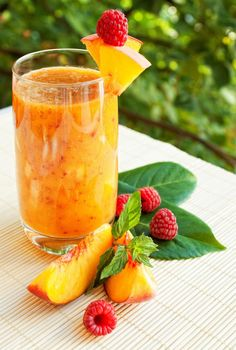 Summer smoothies with peach is the best way to start the day!  Cheers ! #summer #smoothies #fruits #peach #freshdrink