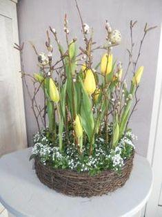 haal het voorjaar in huis met dit fleurig mandje ... wat je eenvoudig zelf kunt maken ... gedeeld door marjolein 131