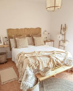 There two or three different ways you can approach bohemian style rustic home decor diverse look: You can bet everything, by blending each example… Bohemian Bedroom Decor, Boho Room, Diy Bedroom Decor, Room Ideas Bedroom, Aesthetic Bedroom, Dream Rooms, My New Room, Home Collections, Home Decor Inspiration