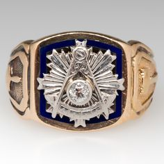 1943 Mens Vintage Masonic Ring Old Mine Diamond & Blue Enamel Vintage Rings, Vintage Men, Vintage Stuff, Vintage Fashion, Masonic Jewelry, Diamond Solitaire Rings, Cocktail Rings, Natural Diamonds, Jewelry Stores