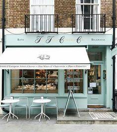 Love an outdoor cafe! Outdoor Design shop fronts Love an outdoor cafe! Home Design Decor, Restaurant Interior Design, Shop Interior Design, House Design, Design Shop, Interior Ideas, Design Ideas, Café Exterior, Exterior Design