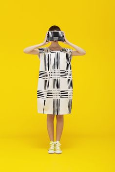 Marimekko Spring / Summer 2013 :  What is gorgeous here is to imagine this pattern and boxy shape transformed (in the wearing ) to create constant patterns. A ripple runs through it!
