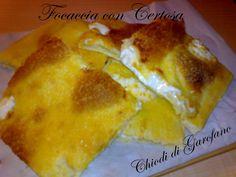 Focaccia con Certosa  http://blog.giallozafferano.it/chiodidigarofano/focaccia-con-formaggio
