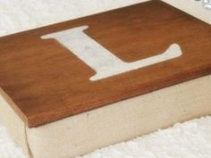 DIY Lap Desk {homemade gifts} I NEED THIS!