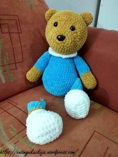 Pizsamás Maci | EniAnyu Kuckója Dinosaur Stuffed Animal, Mac, Teddy Bear, Toys, Animals, Amigurumi, Activity Toys, Animales, Animaux
