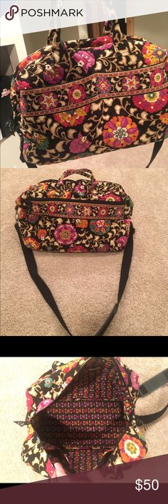 Vera Bradley Weekender - GREAT CONDITION! This weekender has seen the east coast, and is eager to get out an explore new places! In incredible condition, minimal wear, perfect for a carry on! Four pockets inside great for storing snacks, and a large outer zip compartment. Vera Bradley Bags Travel Bags