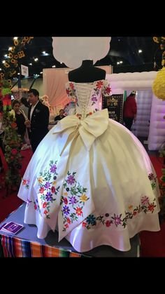 Vigilant visited pretty quinceanera dresses useful link Mexican Theme Dresses, Quince Dresses Mexican, Mexican Quinceanera Dresses, Quinceanera Themes, 15 Birthday Dresses, Charro Dresses, Vestido Charro, Xv Dresses, Pageant Dresses